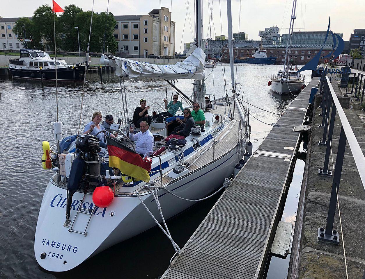 SY Charisma, Bremerhaven