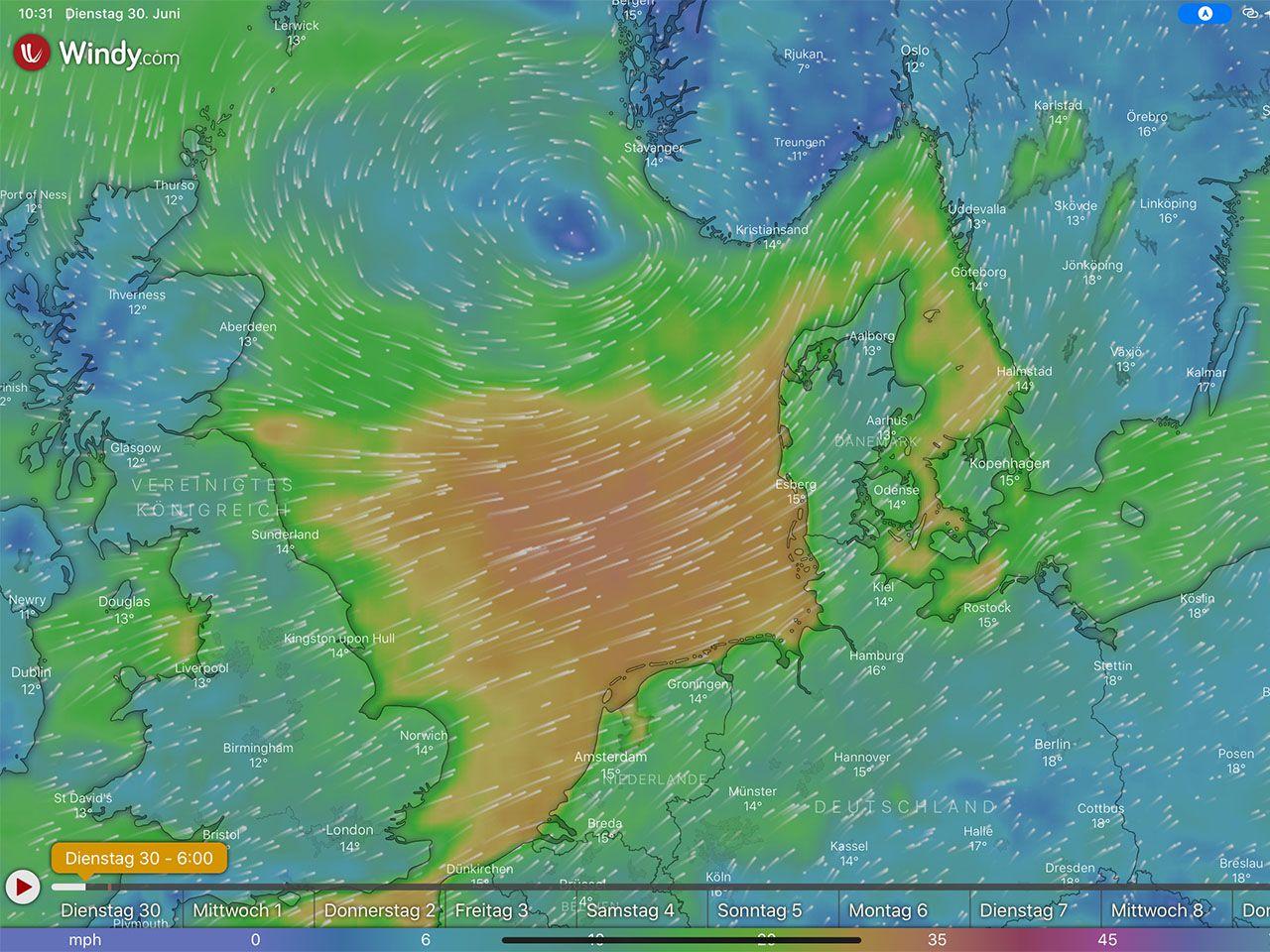 Sturmstief über der Nordsee