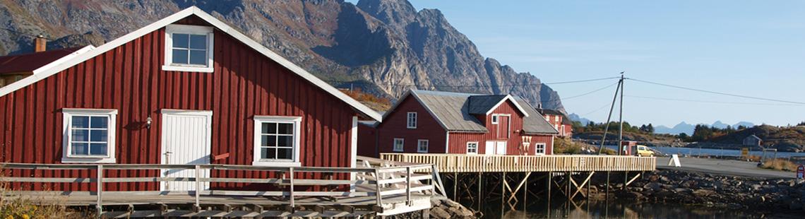 Rote Lofoten-Häuser